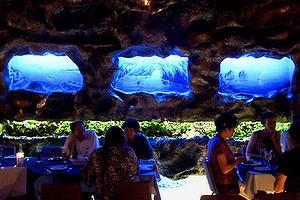 Grotta Capri interior 2